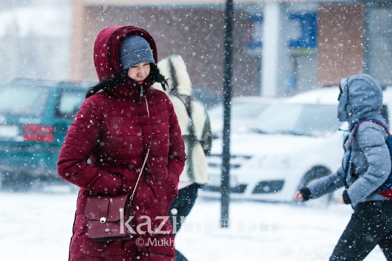 Шторм ожидается в трех областях Казахстана