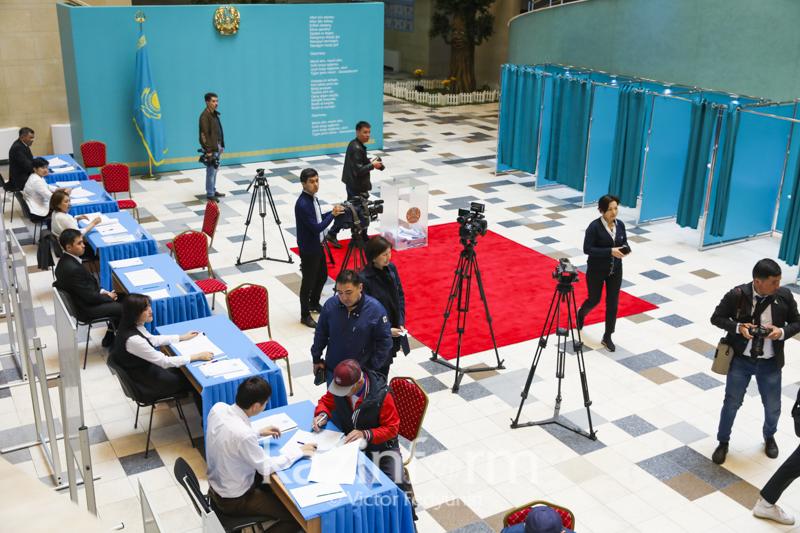哈萨克斯坦选民的65.9%完成投票