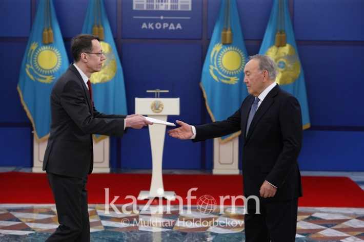 Foreign ambassadors present credentials to President Nazarbayev