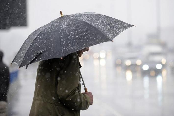 Температура ниже нуля и мокрый снег ожидаются на большей части Казахстана