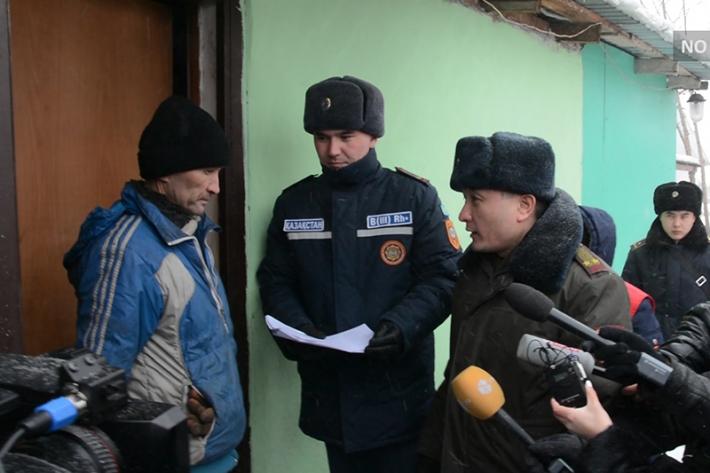 После трагедии в Астане городские службы проверяют печи во всем частном секторе