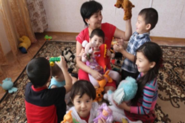 Меры поддержки многодетных семей в Астане