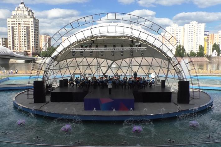 В амфитеатре «Столичного центрального парка» состоялся концерт в рамках фестиваля «Әскери керней»